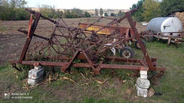 Полевой КУльтиватор на трактор состоящая из 6 борон, Складываемый