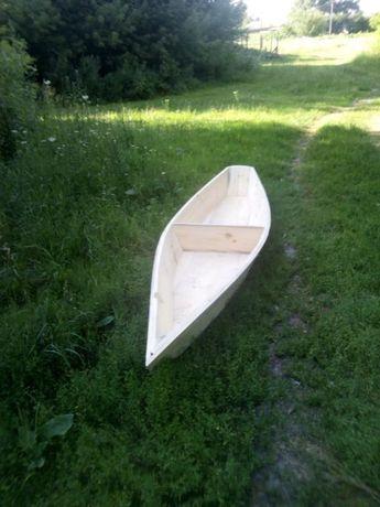 Лодка деревянная плоскодонка в черниговской обл пгт Сосница.