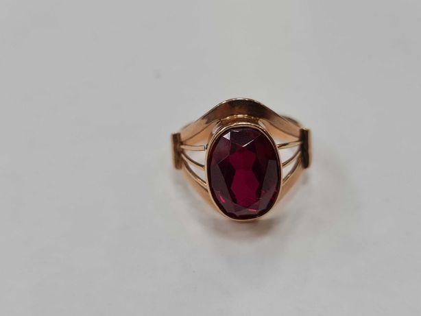Wiekowy złoty pierścionek damski/ Radzieckie 583/ 7.46 gram/ R20