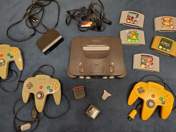 Nintendo 64 N64 / 5 gier / 3 pady