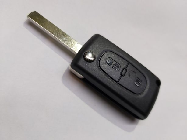 Obudowa klucza pilota samochodowego naprawa wymiana kodowanie