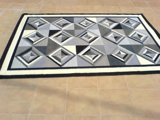 Carpete em pura Lã