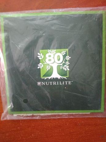 Платок для мужчин к 80-летию NUTRILITE