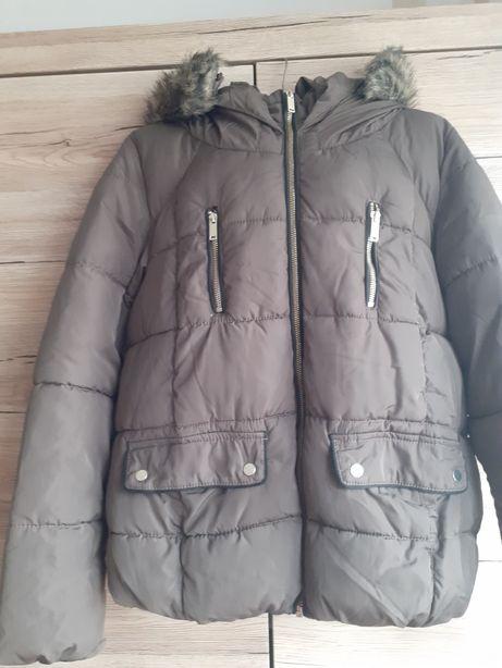 Modna i ciepła kurtka C&A