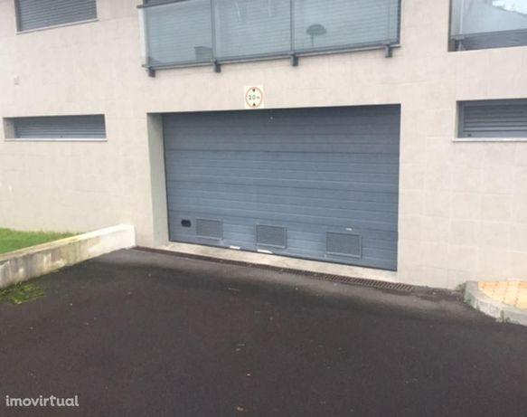 Parking space/Garage em Ilha do Faial (Açores), Horta REF:1982.8