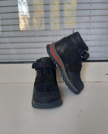 Деми ботинки, тапули для сада