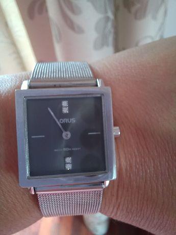 Zegarek Lorus kolor srebrny