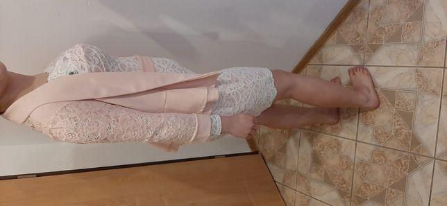 Sukienka z bokerkiem