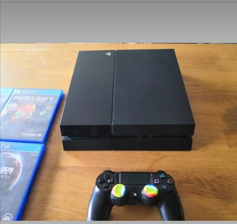 PlayStation 4 Classic (PS4) 500GB PS4 PAD + 9 GIER