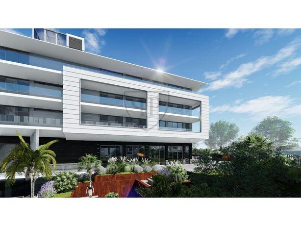 Apartamento T3 vista frontal rio em Belem