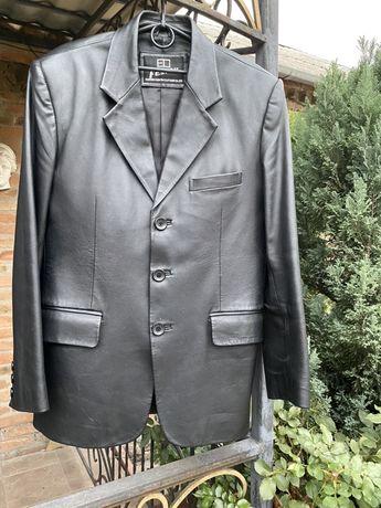 Пиджак мужской,кожа