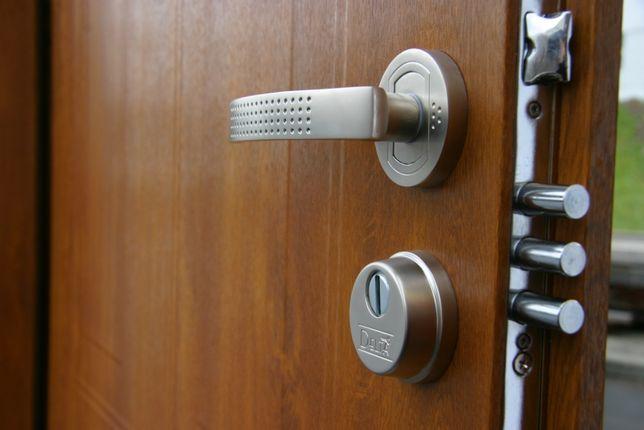 Drzwi Delta Universal 56 s Gładkie