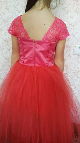 Платье нарядное выпускное на девочку