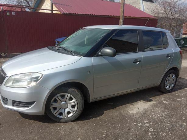 Продам автомобиль Skoda Fabia, 2012 г.в.