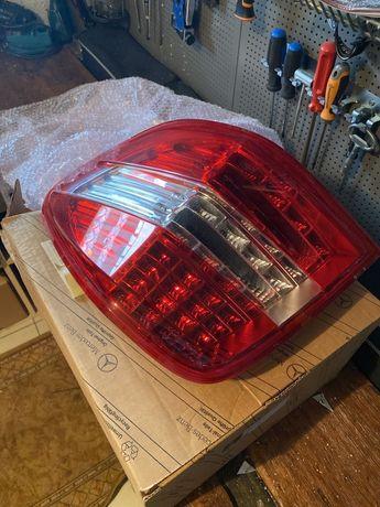 Mercedes ml lampa tylna w164