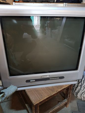 Продам телевизоры 2 шт lg, philips