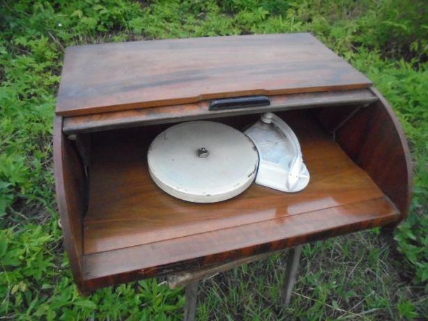 stary zabytkowy adapter gramofon patefon gramofon drewnianej obudowie