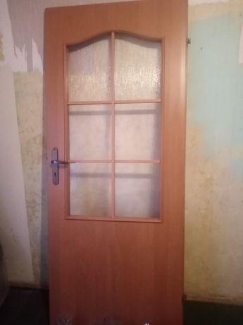 Sprzedam  drzwi...