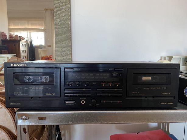 Leitor e gravador de cassetes doble deck - Pioneer