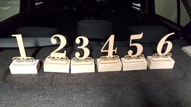 Numery drewniane weselne na stoły 1-6