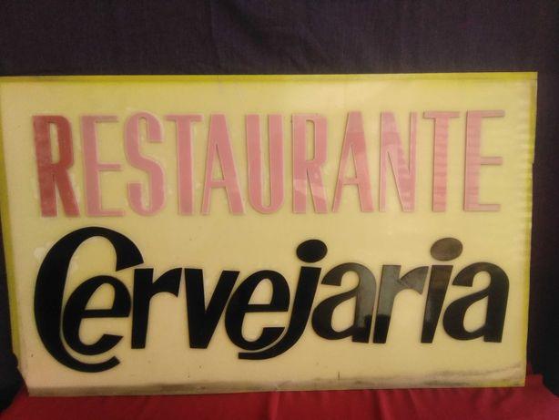 Placa sinal publicitário vintage restaurante cervejaria plástico duro