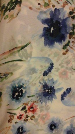 Tkanina biała w modraki
