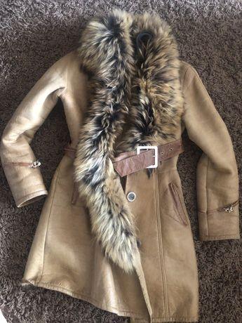 Пальто дубленка зимнее женское с песьцом