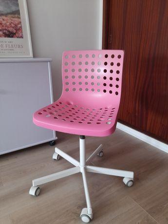 Cadeira giratória ikea