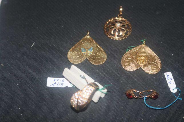 LOTE Espectacular fio p/homem com 4 medalhas muito antigas em ouro d