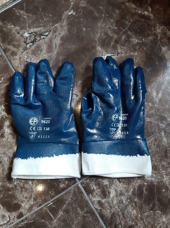 Новые перчатки нитриловые