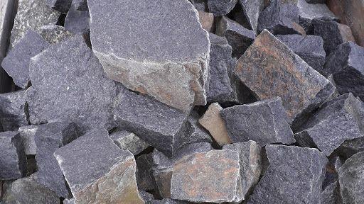 Łupek bazaltowy do gabionów, na ścieżki, kostka granitowa, czarny