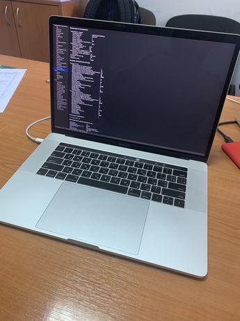"""Идеальный Ноутбук MacBook Pro  15"""" 2017 256 gb 16 gb ram"""