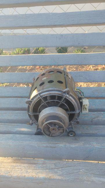 Мотор от стиральной машинки candy
