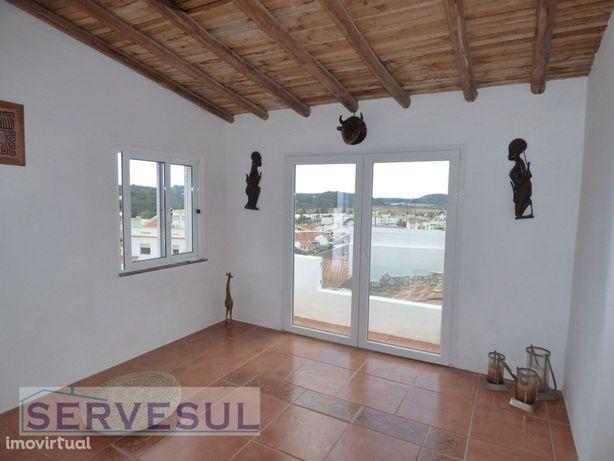 Casa Típica Portuguesa Renovada de 2 quartos + 1 com vist...
