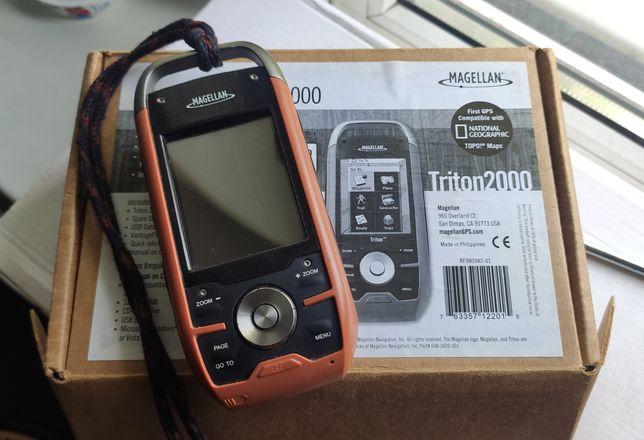 GPS навігатор Magellan Triton 2000