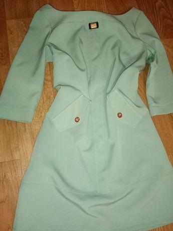 Продам.   платье