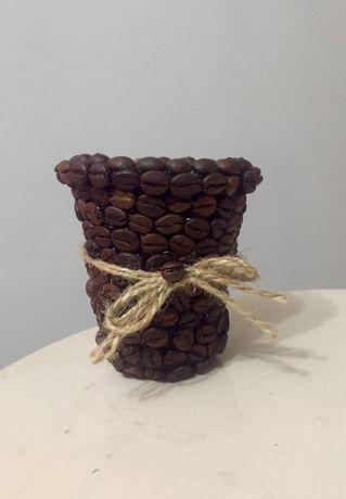 Декоративний стакан з кавових зерен. Ручна робота.зерна кави.