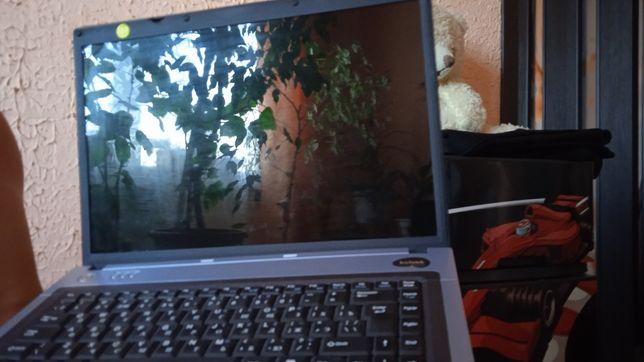 Продам ноутбук Benq