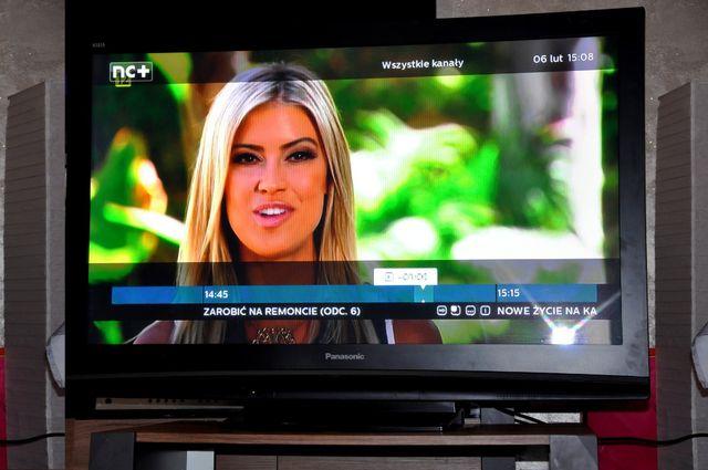 """Telewizor 50"""" Plazmowy Plazma Panasonic TH-50PV8P Duży Ekran 50 Cali"""