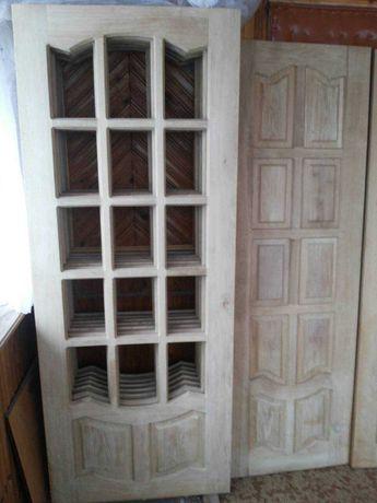 Дубовые двери под стекло