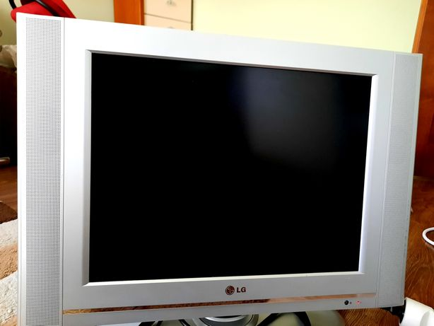 Telewizor LG lcd 20' sprawny pilot