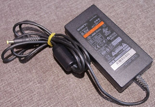 Oryginalny zasilacz do Playstation 2 8.5V 5.65A