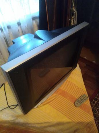 Продам телевізор LG з супутниковою антеною та роутером