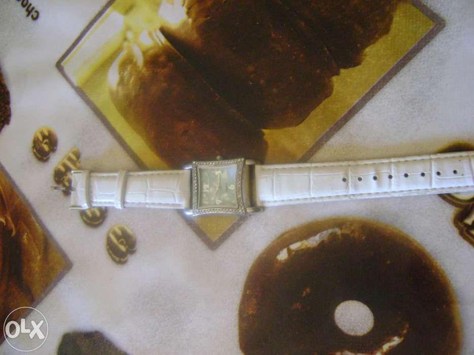 Relógio de senhora São Salvador E Santa Maria - imagem 1