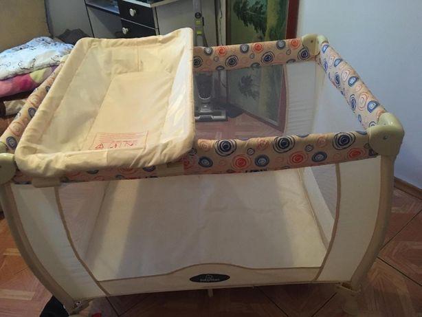 Łóżeczko turystyczne Babystart z przewijakiem