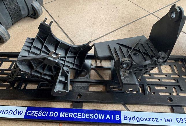 Mercedes CLA W117 GLA W156 Wspornik podstawa mocowanie pompy ABS