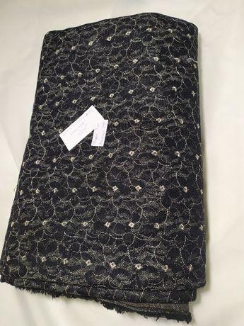 Materiał kupon dżins z haftowaną koronką