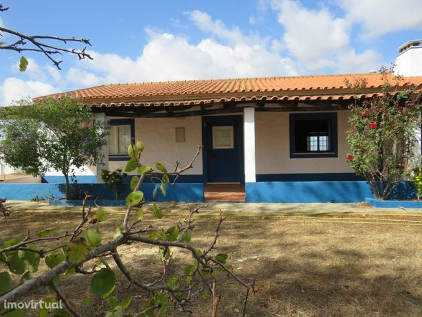 Monte T3 com 13,7 hectares em pleno Alentejo no concelho ...