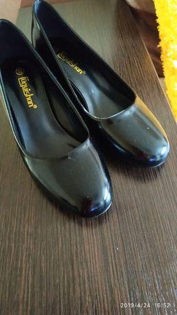 туфли женские,новые,очень удобные