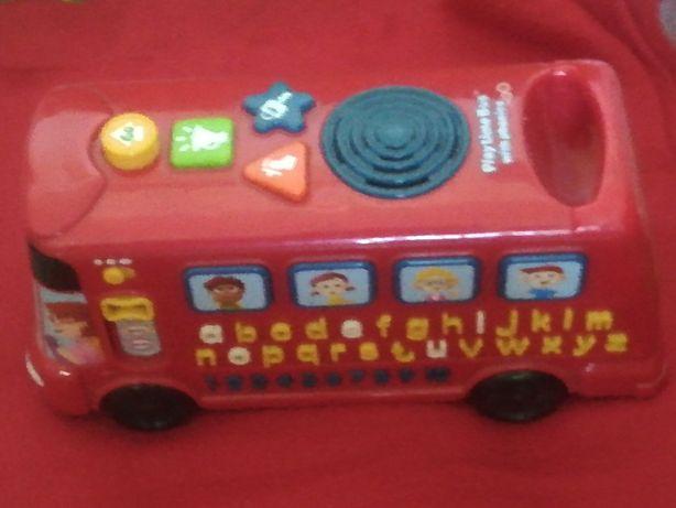 Grający autobus interaktywny